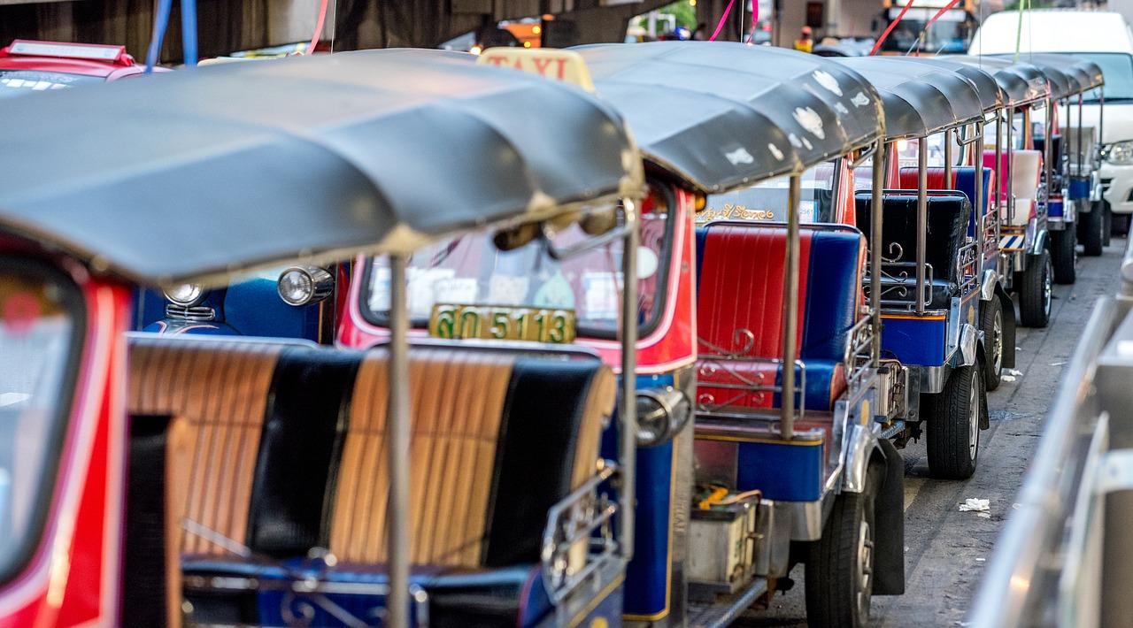 2019 タイ バンコク旅行 1日目 11年ぶりのタイへ!まずはナイトマーケットへGO!