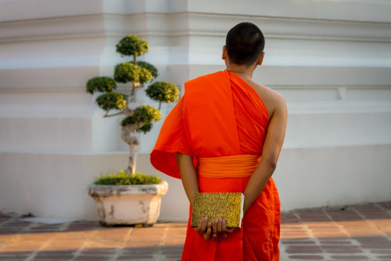2019 タイ バンコク旅行 3日目 前編 神秘的に輝く仏塔ワットパクナムへ!
