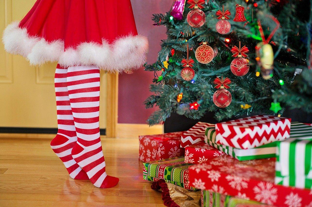 赤色と緑色の関係。クリスマス準備着々と。